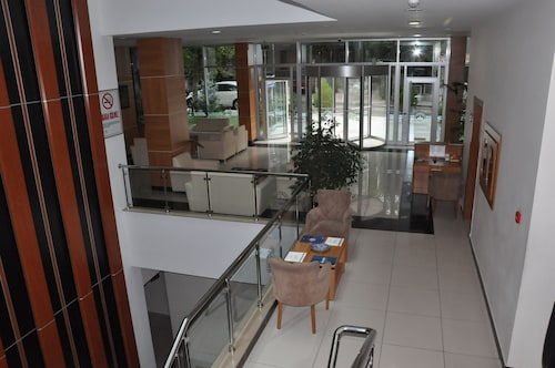Ilksan Deha Otel, Çankaya