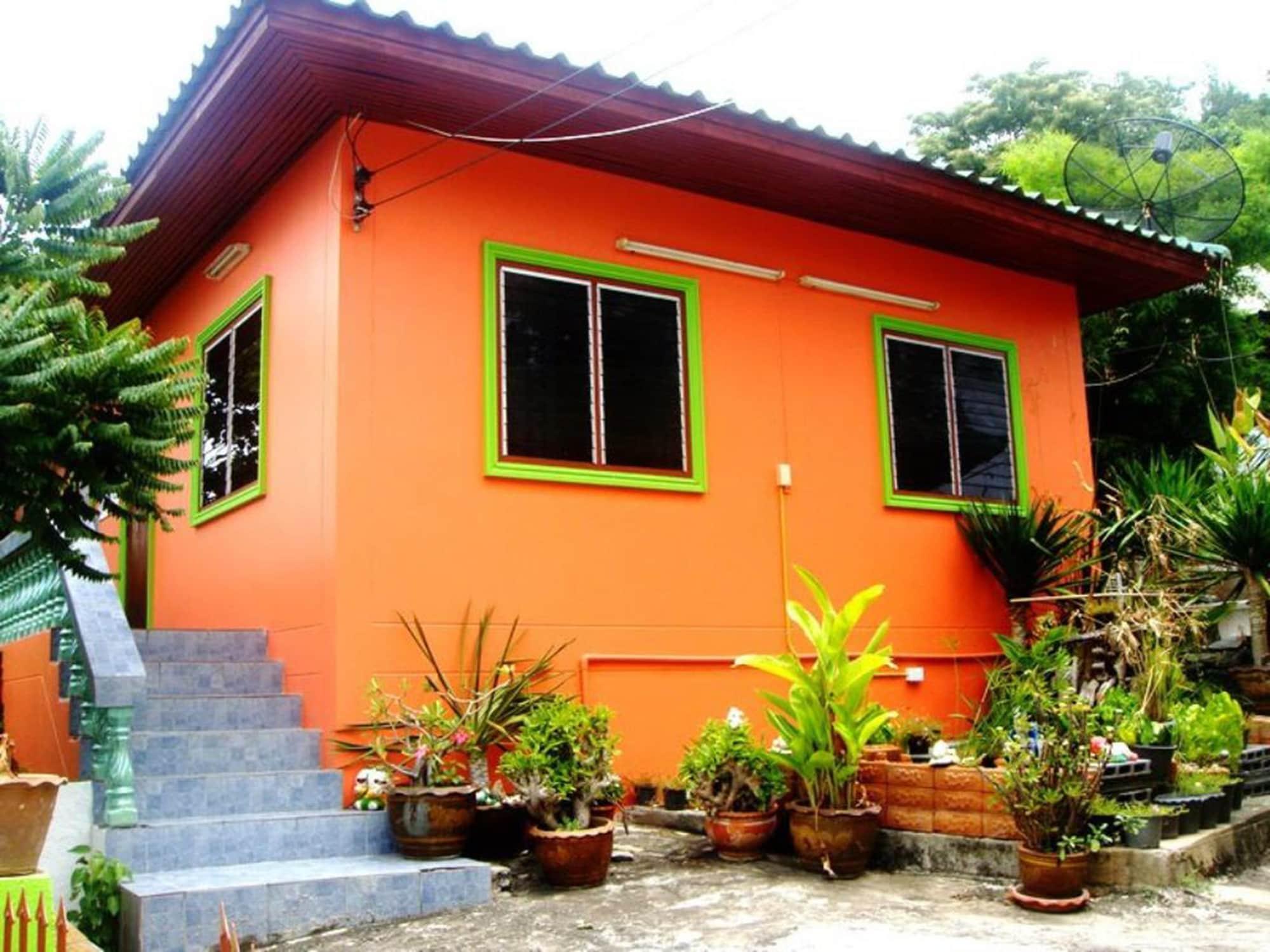Puangpayom Resort, Koh Si Chang
