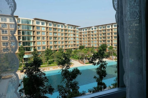Baan Thew Lom Condominium, Cha-Am