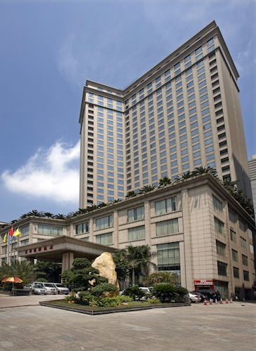 . Dongguan Huihua International Hotel