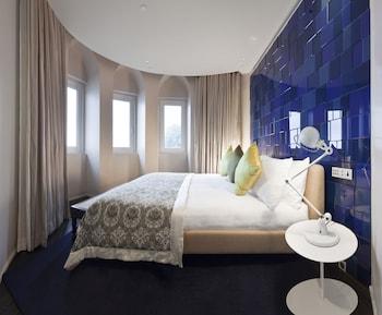 Grande Luxury Suite