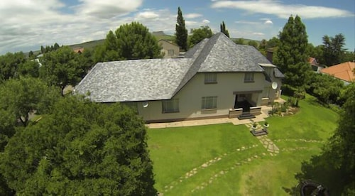 . Africlassic Guest House - Harrismith