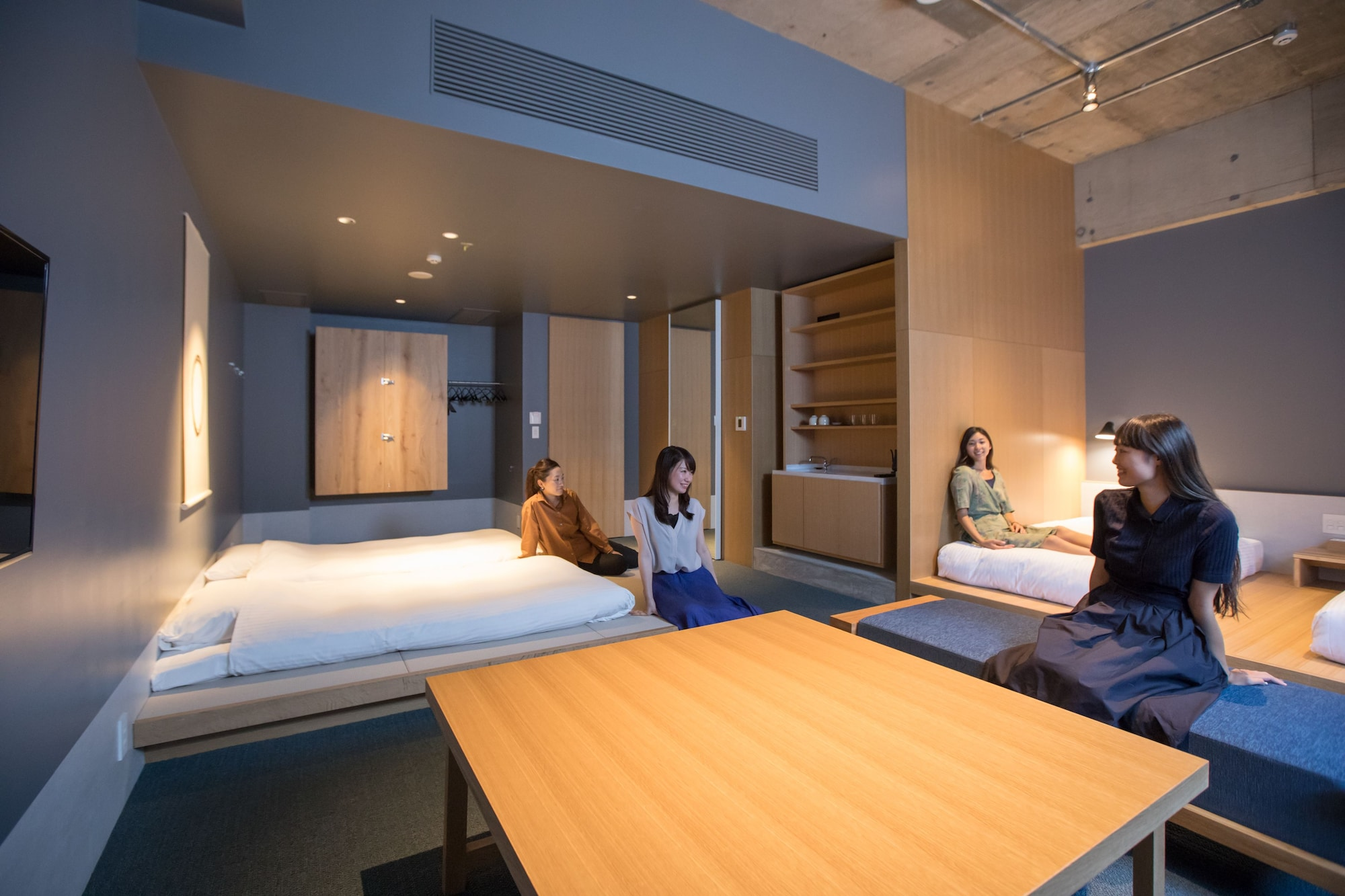 Junior Suite with Tatami Area (2 twin beds and 2 futons)