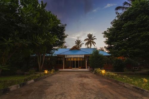 Waisai Beach Hotel, Raja Ampat