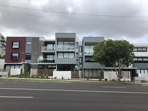Ellia Apartment Doncaster, Manningham - West
