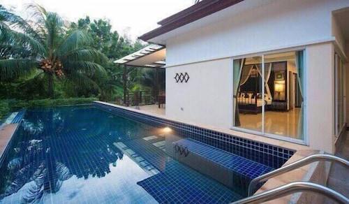 Baan Thalang Private Pool Villa by AYG, Pulau Phuket