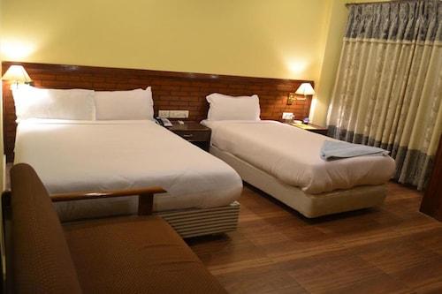 Hotel The White Lotus, Lumbini