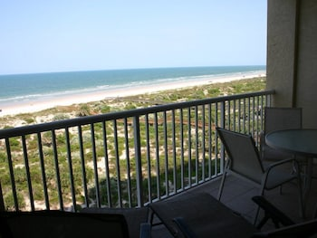 M-Andros 603 - Minorca Beach Way Condo by RedAwning