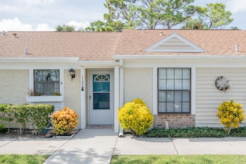 1152F - Fairvilla by RedAwning