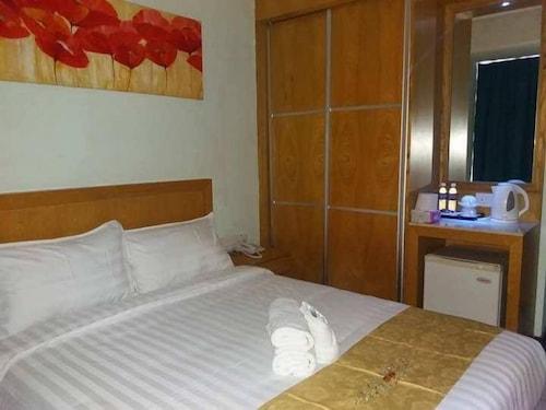 Fratini's Inn Labuan, Labuan