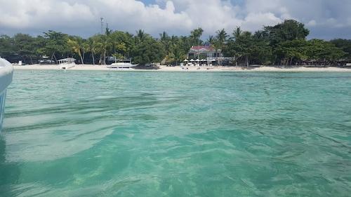 . Villa Umi Panglao Resort
