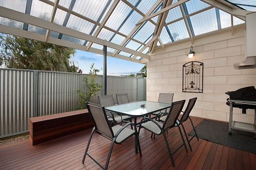 Domain One Apartment, Mount Gambier