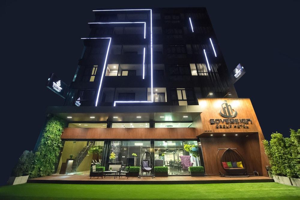 ソブリン グループ ホテル アット プラトゥーナム バンコク