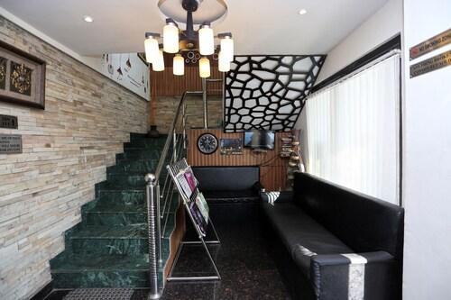 OYO 8077 Hotel Madhuban, Nainital