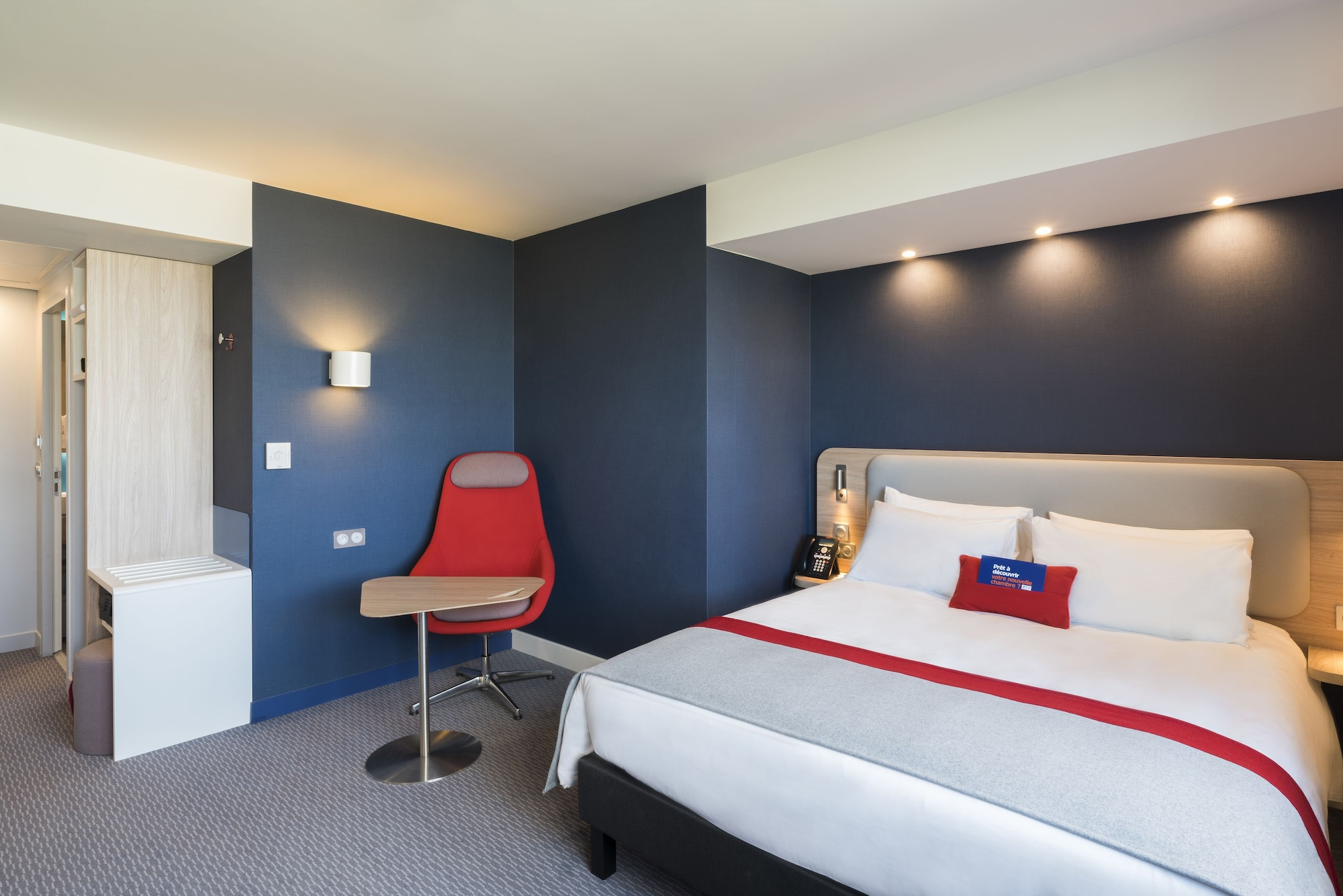 Holiday Inn Express PARIS - CDG AIRPORT, Val-d'Oise
