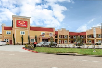 威洛布魯克生態小屋套房飯店 Econo Lodge Inn & Suites Houston Willowbrook