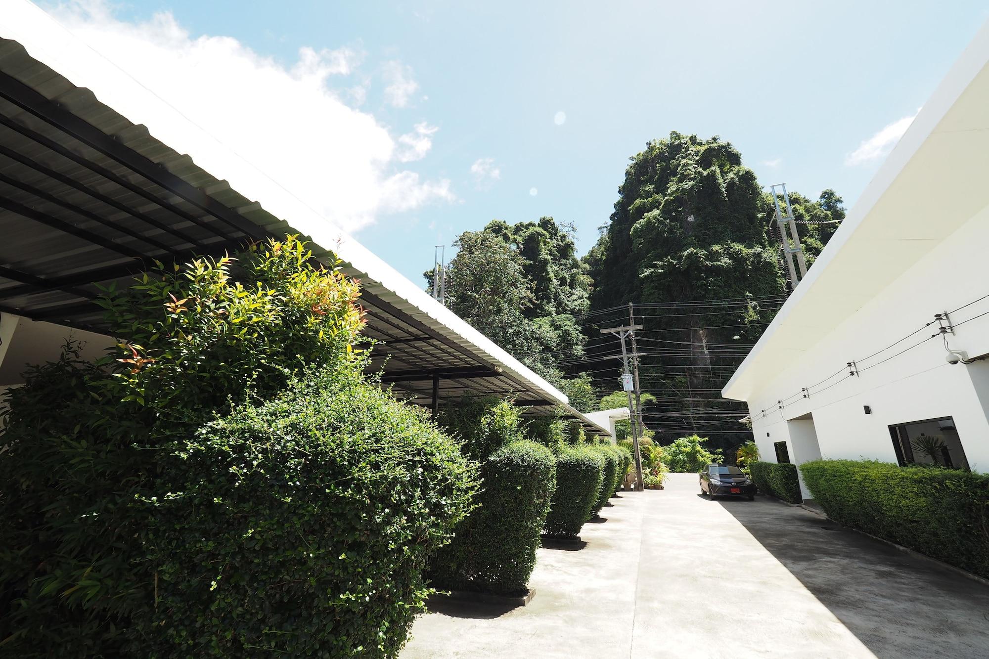 Pine Home, Muang Krabi