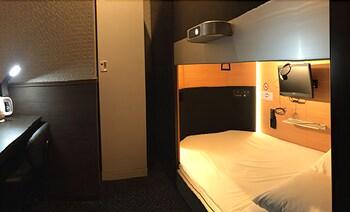 SEJOUR INN CAPSULE Room