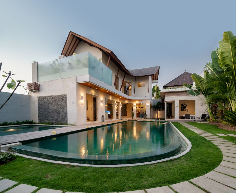 Luxury Villa Belle
