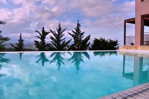 Youktas Villas, Crete