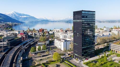 . Park Tower City View Apartments