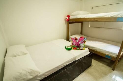 La Perla Hostel, Santa Marta (Dist. Esp.)