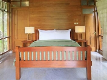 Hotel - Omkara Mountain Retreat