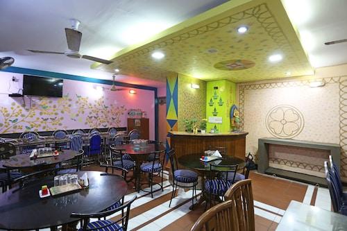 OYO 6077 Hotel Ashraya, Puri