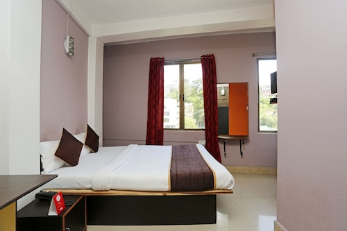 OYO 4276 AM Bed and Breakfast, East Khasi Hills