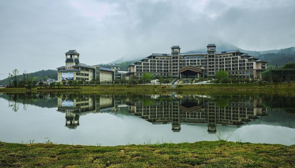Yifang Shanshui GtEL Luotian-Hubei