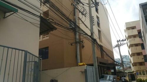 Sriruch Residence, Pattaya
