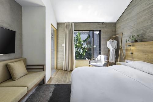 Sunyata Hotel Dali, Dali Bai