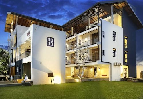 Culture Resort, Matara Four Gravets