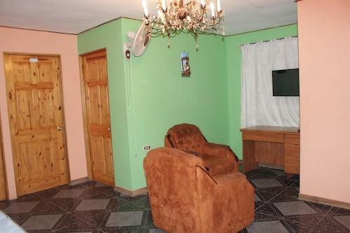 . Aparthotel Gonzalez