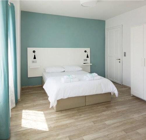 Alicante Hotel, Bozcaada