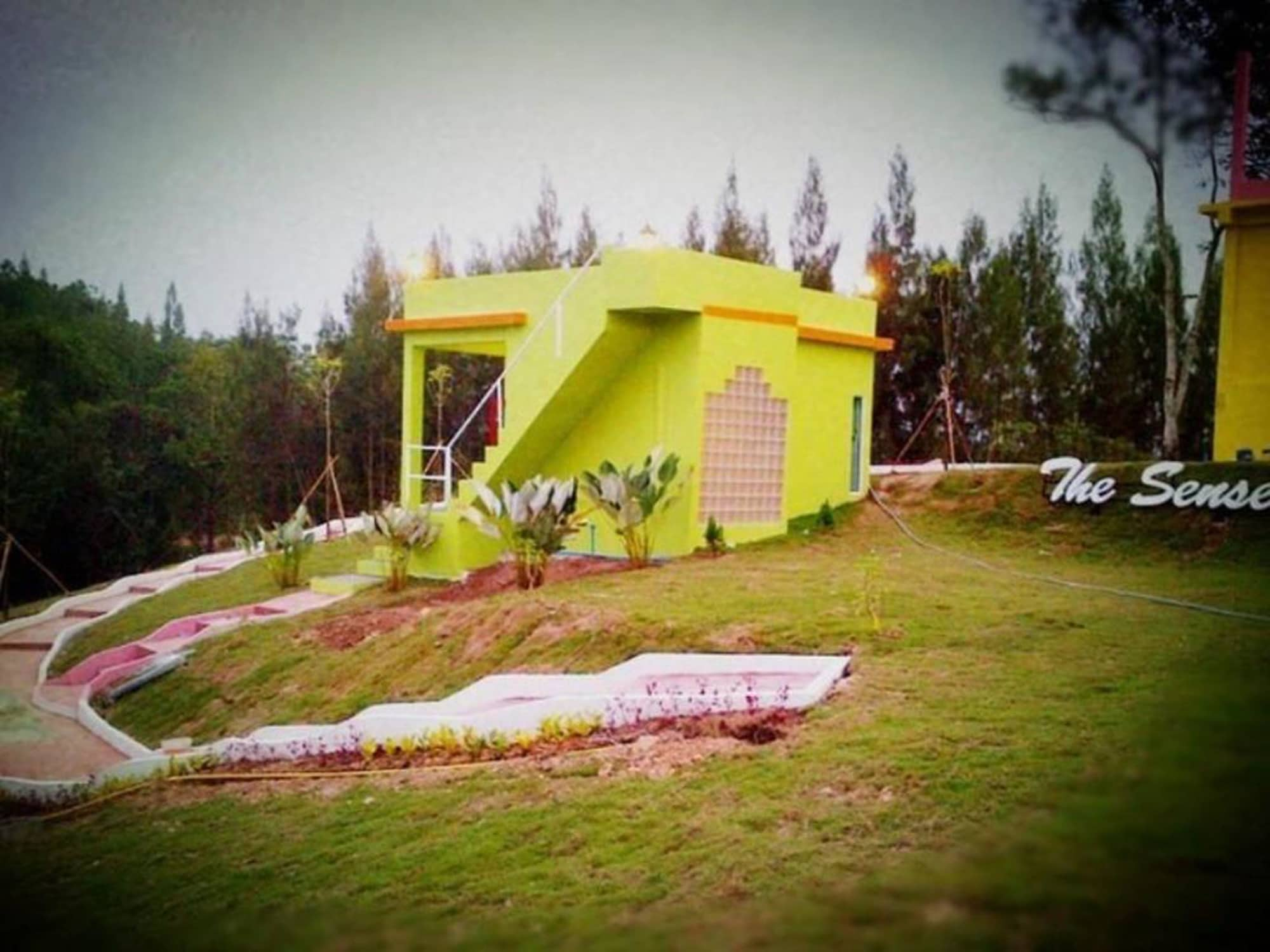 The Senses Resort, Suan Phung