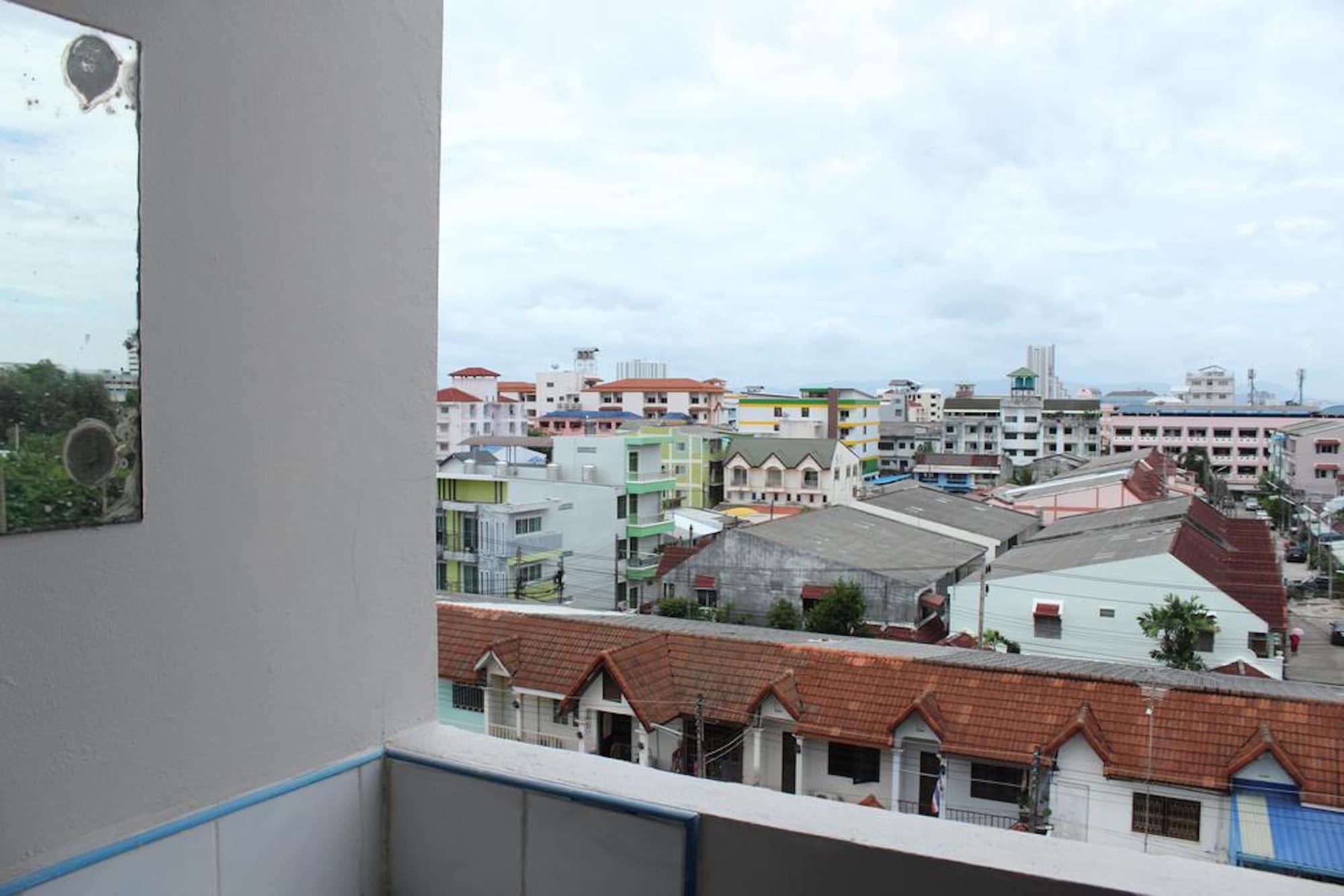 Saeng Chan Apartment, Hat Yai