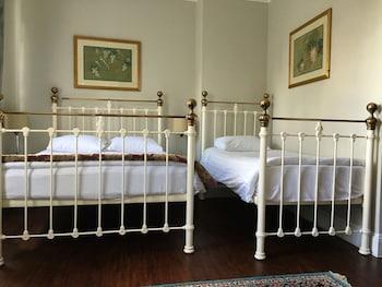 Basic Triple Room, Multiple Beds