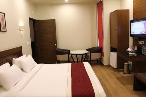 Hotel Dasaprakash, Agra