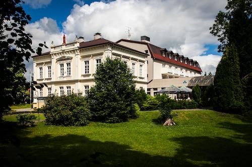 . Parkhotel Morris Nový Bor