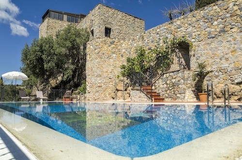 . Hotel Restaurante Castillo de Monda
