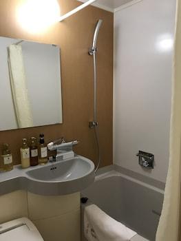 VIA INN HIROSHIMA Bathroom Sink