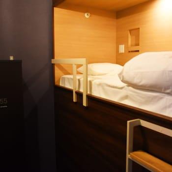 1名用個室(上段タイプ)|3㎡|HOTEL THE GATE KUMAMOTO
