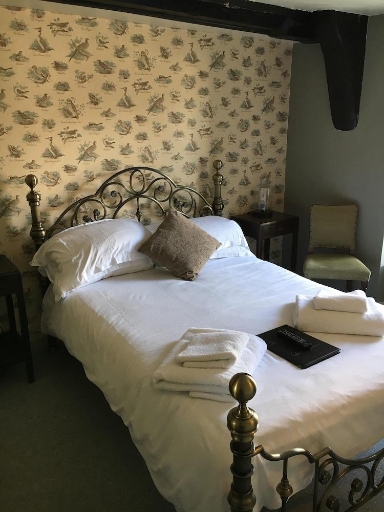 The Golden Pheasant Inn, Oxfordshire