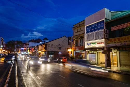 Rainforest Budget Stay, Kuching
