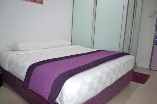 . Lavender Hotel Teluk Intan