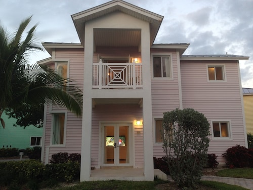 . Luxury Custom Villa 210 At Resorts World