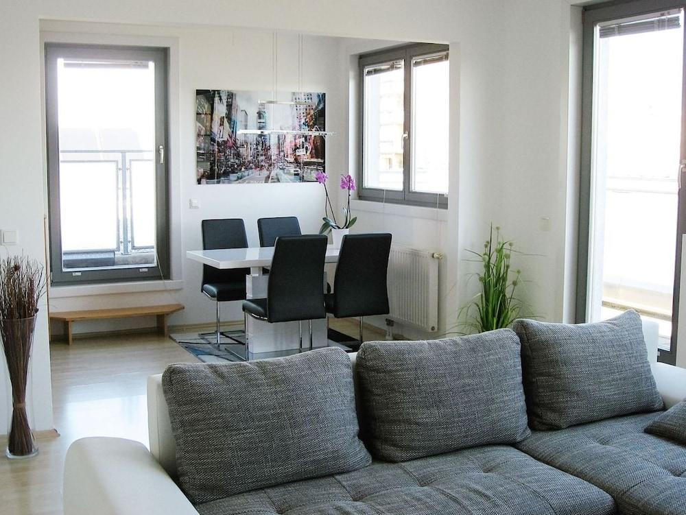 Panorama Apartment Vienna