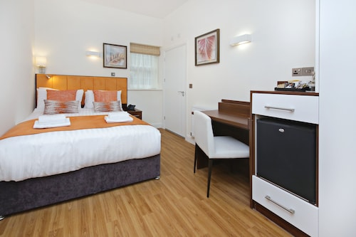 Imperial Guest House, London