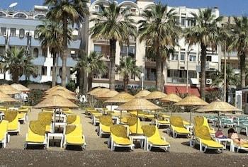 Candan Beach